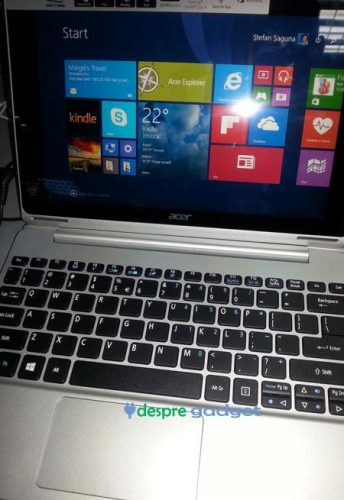 Acer Switch 10 poza tastatura si ecran